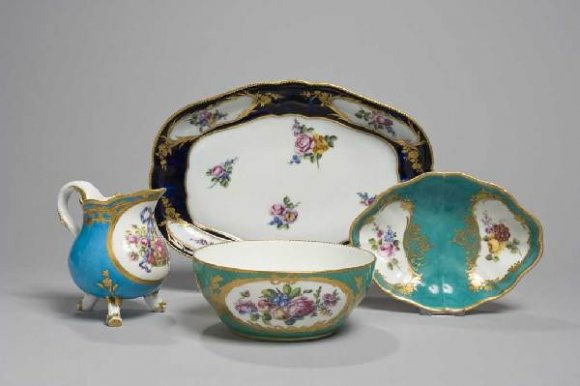 Expertise porcelaine Sèvres - Sevres specialist