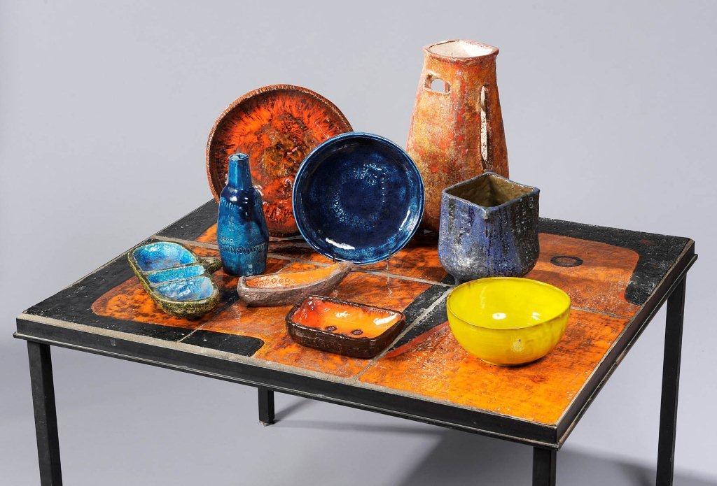 Vente aux enchères de céramique et de mobilier design