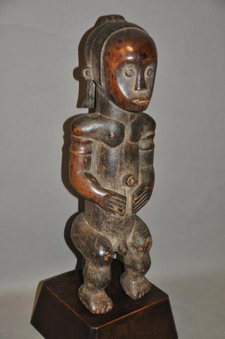 African & Ocean Art specialist
